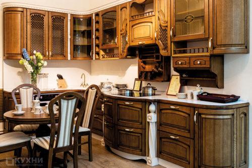 Кухня из массива ясеня «Антверпен» в Классическом стиле