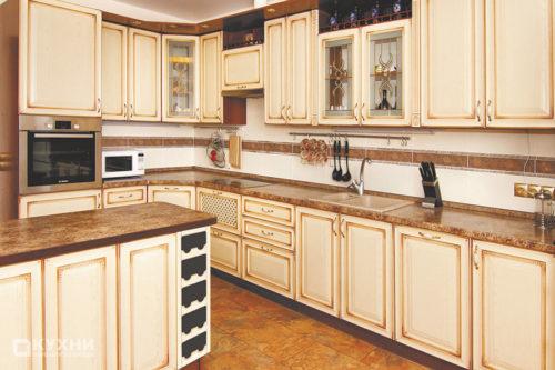Кухня из МДФ рамочного «Родос» в Классическом стиле