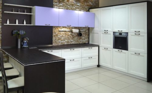 Кухня из МДФ рамочного «Берн» в Классическом стиле