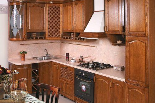 Кухня из массива дуба «Бристоль» в Классическом стиле